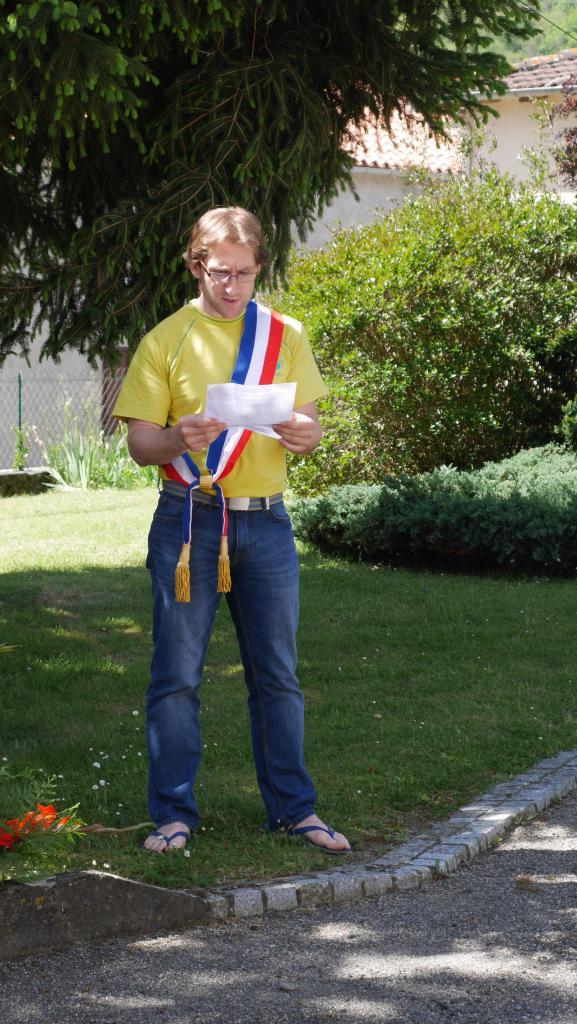 lecture par Jean Larrochelle